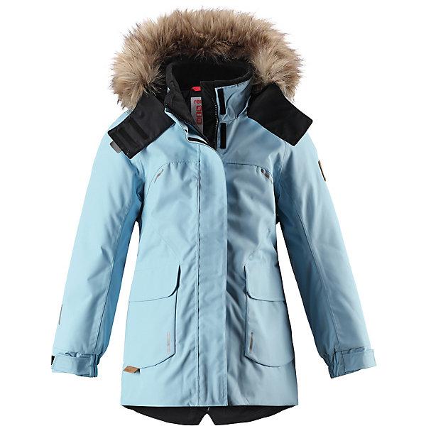 Куртка Sisarus ReimaОдежда<br>Характеристики товара:<br><br>• состав: 100% полиамид, полиуретановое покрытие <br>• подкладка: 100% полиэстер <br>• утеплитель: Reima® Comfort+ 140 г/м2 <br>• сезон: зима <br>• температурный режим: от 0 до -20С <br>• водонепроницаемость: 15000 мм <br>• воздухопроницаемость: 7000 мм <br>• износостойкость: 40000 циклов (тест Мартиндейла) <br>• водо- и ветронепроницаемый, дышащий и грязеотталкивающий материал <br>• все швы проклеены и водонепроницаемы <br>• застежка: молния с дополнительной планкой <br>• гладкая подкладка из полиэстера <br>• безопасный съемный капюшон <br>• съемный искусственный мех на капюшоне <br>• регулируемые манжеты <br>• эластичный пояс сзади <br>• удлиненный подол сзади <br>• два прорезных кармана <br>• внутренний нагрудный карман в размерах до 116<br>• петля для дополнительных светоотражающих деталей <br>• светоотражающие детали <br>• страна бренда: Финляндия<br><br>Параметры изделия: <br><br>• объем груди: 90 см<br>• объем талии: 78 см<br>• объем бедер: 102 см<br>• длина рукава с учетом плеча: 77 см<br>• длина изделия: 79 см<br>• высота капюшона: 32 см<br>• глубина капюшона: 28 см<br><br>Эта куртка из водо и ветронепроницаемого материала отлично подойдет для любых зимних забав. Все швы в ней проклеены и водонепроницаемы, что гарантирует максимальный комфорт во время зимних прогулок.<br><br>Кроме того, она сшита из дышащего материала, так что ребенок не вспотеет во время катания на санках или коньках. Эта приталенная и удлиненная модель для девочек снабжена несъемным пояском на талии и регулируемыми манжетами. Съемный и регулируемый капюшон оторочен стильной отделкой из искусственного меха, которую при желании тоже можно снять. Защитный капюшон безопасен во время игр на свежем воздухе, поскольку легко отстегнется, если вдруг за что-нибудь зацепится.<br><br>В больших карманах с клапанами легко поместятся все самое важное. Обратите внимание на удобную петельку, спрятанную в кармане с клапаном – к ней можно прикрепит
