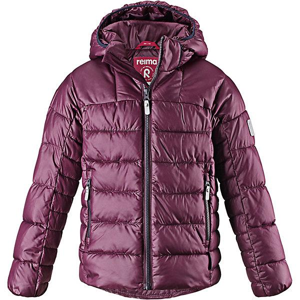 Куртка Petteri Reima для мальчикаОдежда<br>Характеристики товара:<br><br>• состав: 100% полиэстер <br>• подкладка: 100% полиэстер <br>• утеплитель: 100% полиэстер, искусственный пух<br>• сезон: зима <br>• температурный режим: от 0 до -20С <br>• воздухопроницаемость:  15 000 мм <br>• пуховая куртка для подростков <br>• водоотталкивающий, ветронепроницаемый дышащий и грязеотталкивающий материал <br>• гладкая подкладка из полиэстера <br>• безопасный, съемный капюшон <br>• эластичные манжеты <br>• два боковых кармана <br>• светоотражающие детали <br>• страна бренда: Финляндия<br><br>Параметры изделия: <br><br>• объем груди: 98 см<br>• длина рукава с учетом плеча: 74 см<br>• длина изделия: 63 см<br>• высота капюшона: 34 см<br>• глубина капюшона: 26 см<br><br>Теплая и ветронепроницаемая зимняя куртка для детей и подростков. Куртку с гладкой подкладкой из полиэстера легко надевать и очень удобно носить. Куртка оснащена съемным капюшоном, что обеспечивает дополнительную безопасность во время активных прогулок – капюшон легко отстегивается, если случайно за что-нибудь зацепится. Два кармана на молнии для мобильного телефона и других ценных мелочей. Образ довершают практичные детали: длинная молния высокого качества и светоотражающие элементы.