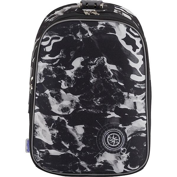 Рюкзак Seventeen с кодовым замком + наушникиШкольные рюкзаки<br>Характеристики:<br><br>• возраст от: 6 лет;<br>• цвет: черно-белый;<br>• материал: полиэстер;<br>• размер рюкзака: 39х28х15 см.;<br>• объем рюкзака: средний ( 20-30 л.);<br>• вес рюкзака: 730 гр.;<br>• тип рюкзака: школьный;<br>• спинка: эргономичная, воздухопроницаемая;<br>• тип застёжки: кодовый замок на молнии;<br>• количество отделений: 1 отделение с разделителями;<br>• количество внешнних карманов : 3;<br>• прочное и устойчивое дно;<br>• износостойкая обивка;<br>• регулируемые анатомические лямки;<br>• стильный дизайн;<br>• светоотражающие элементы;<br>• бренд: Seventeen .<br><br>Сверхлегкий школьный рюкзак с кодовым замком от Seventeen - это красивый и удобный ранец, который подойдет всем, кто хочет разнообразить свои школьные будни. Многофункциональный ранец станет незаменимым спутником вашего ребенка в походах за знаниями. Рюкзак имеет яркий рисунок и изготовлен из современных материалов.<br><br>Рюкзак с двумя отделением на молнии. Главное отделение закрывается с помощью встроенного кодового замка, предотвращающего кражи. Внутри основного отделения - разделитель для книг и тетрадей; внутри переднего отделения - карман для канцелярских принадлежностей. Эргономическая спинка выполнена в виде накладок анатомической формы из нескольких слоев вспененных синтетических материалов, обтянутых воздухообменной сеткой, спинка и боковые панели усилены EVA. Дно изготовлено из прочного износостойкого непромокаемого материала. Лямки анатомической S-образной формы обтянуты воздухообменной сеткой, регулируются по длине.  Наличие светоотражающих элементов позволяет сделать вашего ребенка более заметным, а так же обезопасить его в темное время суток.