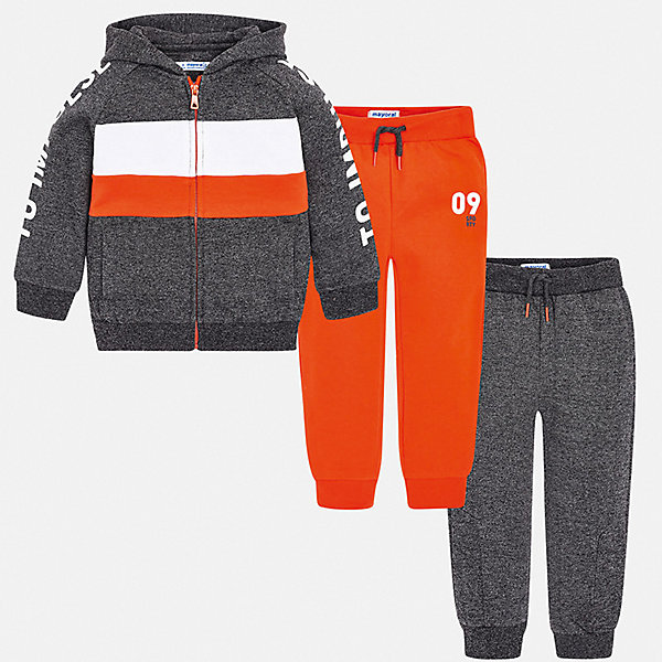 Спортивный костюм MayoralКомплекты<br>Характеристики товара:<br><br>• комплектация: толстовка, брюки 2 шт.;<br>• состав ткани: 60% хлопок, 40% полиэстер;<br>• сезон: демисезон;<br>• особенности модели: с капюшоном;<br>• застежка: молния;<br>• длинные рукава;<br>• талия: резинка, шнурок;<br>• страна бренда: Испания.<br><br>Яркий спортивный костюм для детей состоит из толстовки и двух брюк, которые можно надевать и с другой одеждой. Брюки из комплекта для ребенка комфортно сидят - в поясе мягкая резинка, детская толстовка дополнена молнией и декорирована принтом на рукавах. Детский спортивный костюм сделан из дышащего хлопкового материала с добавлением небольшого процента полиэстера, благодаря чему он отлично держит цвет и форму. Детская одежда от испанского бренда Mayoral завоевала популярность во многих странах благодаря отличному качеству вещей, а также их стильному и оригинальному дизайну.