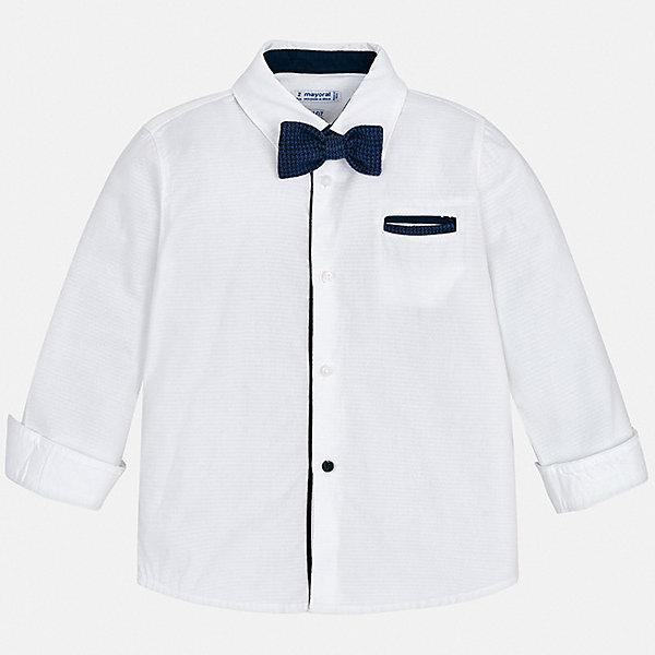 Рубашка MayoralБлузки и рубашки<br>Характеристики товара:<br><br>• состав ткани: 100% хлопок;<br>• сезон: круглый год;<br>• застежка: пуговицы;<br>• длинные рукава;<br>• страна бренда: Испания.<br><br>Практичная детская рубашка классического кроя смотрится очень стильно благодаря ткани с оригинальной фактурой и небольшому логотипу на груди. Эта рубашка для детей сделана из легкого хлопкового материала, который обеспечит ребенку комфорт. Рубашка для ребенка легко надевается благодаря наличию пуговиц. Детская одежда от популярной марки Mayoral разработана с учетом последних тенденций в молодежной европейской моде, она сделана из качественного материала и фурнитуры.