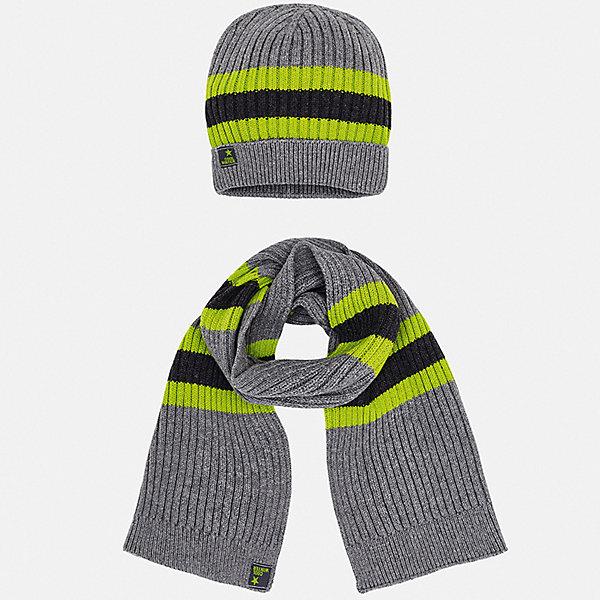Комплект: Шапка и шарф Mayoral для мальчикаШапочки<br>Характеристики товара:<br><br>• цвет: серый;<br>• комплектация: шарф, шапка;<br>• состав ткани: 60% хлопок, 30% полиамид, 10% шерсть;<br>• сезон: демисезон;<br>• страна бренда: Испания.<br><br>Шапки и шарфы для ребенка должны быть удобными и качественными, как изделия из этого детского комплекта от Mayoral. Такая шапка для детей снабжена мягкой резинкой, которая не давит на голову. Шарф и шапка для ребенка из этого набора сделаны из мягкого хлопкового материала, дышащего и гипоаллергенного. Детская одежда от популярной марки Mayoral разработана с учетом последних тенденций в молодежной европейской моде, она сделана из качественного материала и фурнитуры.