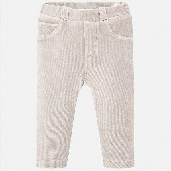 Брюки Mayoral для девочкиДжинсы и брючки<br>Характеристики товара:<br><br>• состав ткани: 60% хлопок, 38% полиэстер, 2% эластан;<br>• сезон: демисезон;<br>• талия: резинка;<br>• шлевки;<br>• страна бренда: Испания.<br><br>Вельветовые детские брюки от испанского бренда Mayoral сделаны из плотной, но дышащей смесовой ткани. Такие брюки для детей легко надеваются благодаря мягкой резинке в талии. Брюки для ребенка - классического прямого силуэта, без декора, они могут стать основой повседневного гардероба ребенка. Детские брюки, как и другие модели одежды от известного бренда Mayoral, отличаются высоким качеством швов и ткани, а также стильным дизайном.