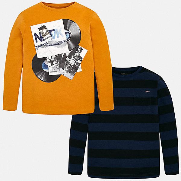 Комплект: футболка с длинным рукавом 2 шт. Mayoral для мальчикаКомплекты<br>Характеристики:<br><br>• состав ткани: 100% хлопок<br>• сезон: демисезон<br>• в комплекте: 2 шт<br>• футболка с длинным рукавом<br>• декорирован принтом<br>• страна бренда: Испания<br><br>Футболки имеют свободный крой, который не будет сковывать движений. Выполнены из натуральной и дышащей ткани. Кант горловины мягкий и не натирает. Одна футболка декорирована принтом в музыкальном стиле, а вторая в полоску и дополнена накладным нагрудным карманом.