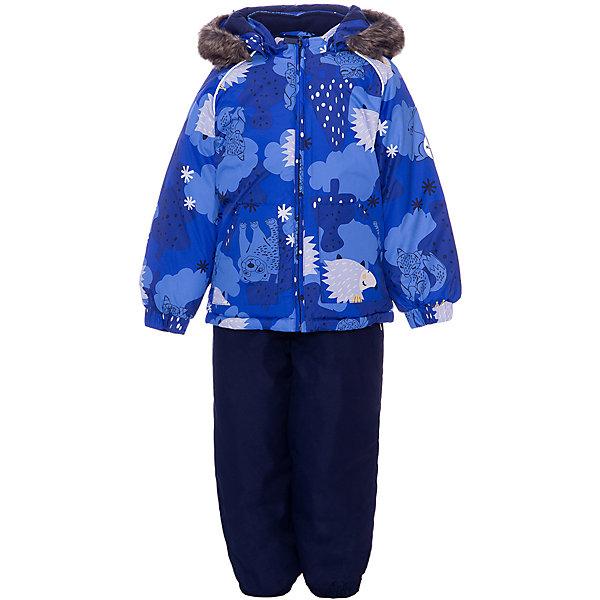 Комплект Huppa Avery: куртка и полукомбинезонВерхняя одежда<br>Параметры изделия: <br><br>• объем груди: 78 см<br>• длина внутреннего шва брюк: 43 см<br>• длина рукава с учетом плеча: 48 см<br>• длина изделия: 48 см<br>• высота капюшона: 30 см<br>• глубина капюшона: 25 см<br>• объем талии брюк: 66 см<br>• объем бедер брюк : 78 см<br><br>Характеристики товара:<br><br>• модель: Avery <br>• состав: 100% полиэстер <br>• подкладка: 100% хлопок, фланель<br>• утеплитель: куртка 300 гр., брюки 160 гр., 100% полиэстер <br>• сезон: зима <br>• температурный режим: от -20 до -30 <br>• воздухопроницаемость: 5 000 мм куртка 10 000 мм брюки <br>• водонепроницаемость: 5 000 мм куртка 10 000 мм брюки <br>• застежка: молния с защитой подбородка <br>• безопасный, съёмный капюшон на кнопках <br>• меховая опушка из искуственного меха не отстёгивается <br>• шаговый шов проклеен и не пропускает влагу <br>• эластичные манжеты брюк и рукавов на резинках <br>• эластичные регулируемые подтяжки у брюк <br>• светоотражающие детали <br>• страна бренда: Финляндия<br><br>Красивый зимний комплект Avery для детей младшего возраста. Легкая, но очень теплая куртка из мягкой мембранной ткани не содержит лишних деталей. В модели 300 грамм утеплителя, а значит, вы можете быть уверены, что ваш малыш не замерзнет на прогулке в морозную погоду, даже если будет двигаться не слишком активно. Комплект для малышей Avery благодаря простым манжетам на резинке и удобной молнии легко надевать и застегивать. Капюшон с меховой опушкой сделан в форме забавного колпачка и при желании отстегивается.