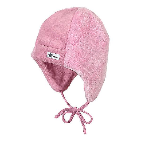 Шапка Sterntaler для девочкиШапочки<br>Характеристики товара:<br><br>• цвет: розовый;<br>• состав: 100% полиэстер, флис;<br>• подкладка: 95% хлопок, 5% эластан;<br>• утеплитель: без дополнительного утепления;<br>• сезон: зима;<br>• температурный режим: от +5 до -20С;<br>• застёжка: шапка на завязках;<br>• особенности: флисовая;<br>• мягкая хлопковая подкладка;<br>• эластичная кромка;<br>• уши прикрыты;<br>• верхний материал из мягкого пушистого флиса;<br>• страна бренда: Германия.<br><br>Детская шапка Sterntaler (Штернталер). Флисовая шапка на завязках, которые не натирают. Подкладка из мягкого хлопкового трикотажа сохранит уши и голову в тепле. Зимняя шапка выполнена из пушистого мягкого и дышащего флиса, мягкая кромка, спереди логотип бренда.
