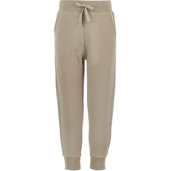 Брюки Button Blue для девочкиБрюки<br>Характеристики товара:<br><br>• цвет: бежевый;<br>• состав: 65% хлопок, 26% полиэстер, 9% люрекс;<br>• сезон: демисезон;<br>• застёжка: брюки на резинке;<br>• особенности: повседневные, спортивные, однотонные;<br>• шнурок-завязка на талии;<br>• мягкие эластичные манжеты и талия;<br>• карманы;<br>• страна бренда: Россия.<br><br>Детские брюки на резинке не только очень комфортны, но и соответствуют всем актуальным трендам. Приятный цвет, лампасы обратят на себя внимание любой модницы! Брюки изготовлены из футера. Их форма гарантирует удобство и свободу движений. Модель прекрасно сочетается с любой повседневной одеждой и позволит девочке чувствовать себя уверенно каждый день.