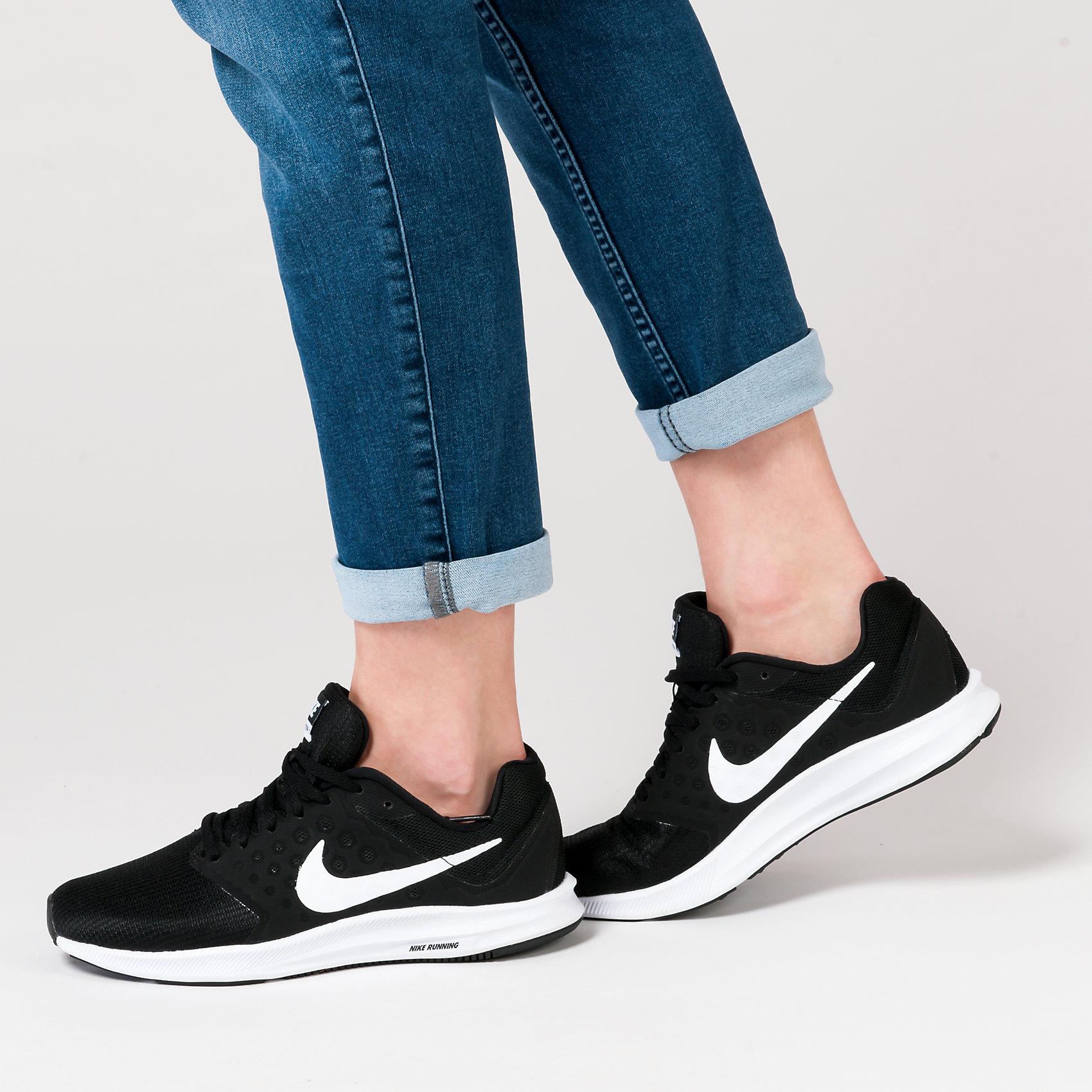 Details zu Neu Nike Performance Downshifter 7 Sportschuhe 5773166 für Damen schwarz